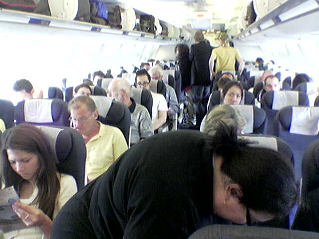 United P.S. Plane Back